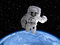 Космос. Космонавты.